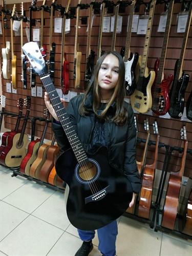 гитара Белучи